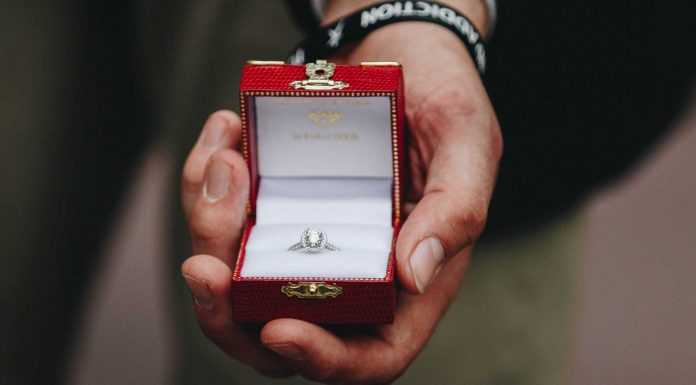 Tips-to-Know-Buying-Diamonds-Through-the-Internet-on-civicdaily