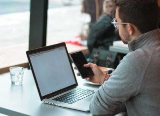 Why-The-Full-Time-Remote-Jobs-Beat-the-Office-Work-on-civicdaily