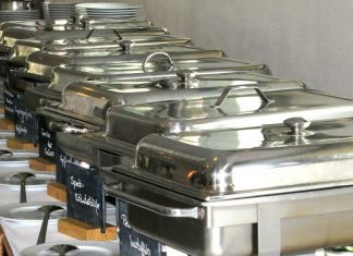 6-Tips-On-Setting-an-Enticing-Buffet-Table-for-A-Catering-Event-on-civicdaily