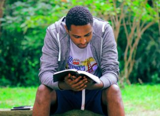 5-Important-Benefits-of-Reading-Books-on-civicdaily