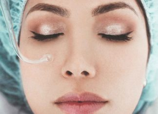 Know-About-the-Acne-Myths-&-Stop-Believing-Them-on-CivicDaily