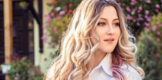 Let's-Get-the-Best-Tips-for-the-Wavy-Hair-Care-on-civicdaily