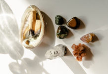 Tips-To-Cleanse-&-Charge-of-Your-Crystals-&-Stones-on-civicdaily