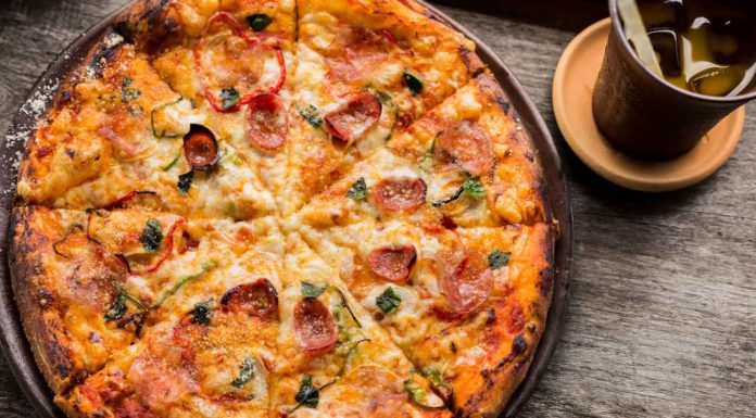 Mustard-Pizza-It's-A-Special-Thing-To-Eat-With-All-on-civicdaily