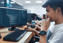 Working-Web-Designer's-Guide-While-They're-On-the-Go-on-civicdaily