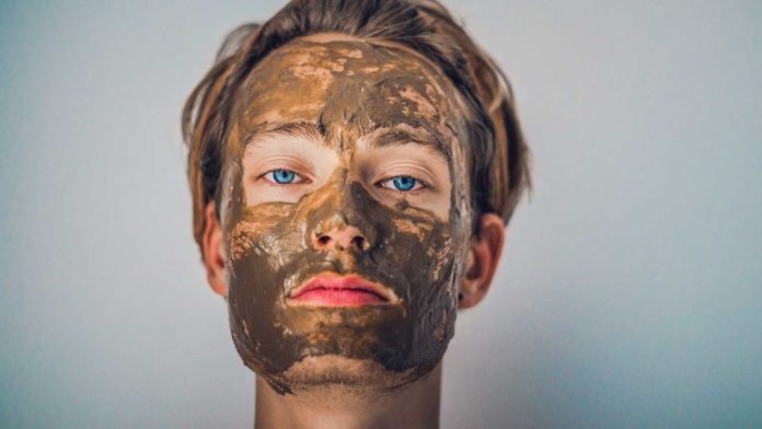 DIY-Mud-Masks-That-Work-Perfectly-with-Your-Skin-on-CivicDaily
